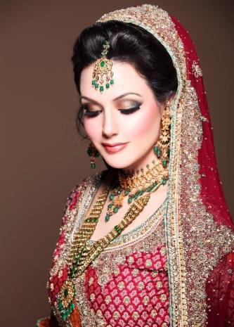 latest-dulhan-makeup-by-kashee_s-beauty-parlour-e28093-complete-details